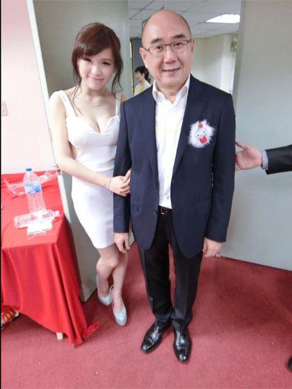 失業32E興航空姐自爆「鼎泰豐董事長主動關心」,董事長本人親自回應力邀她的「真正原因」。
