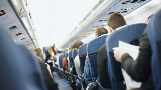 台灣旅客裝病就為了免費升等商務艙「回程也這樣」 6試6成功丟台灣人臉全丟光!