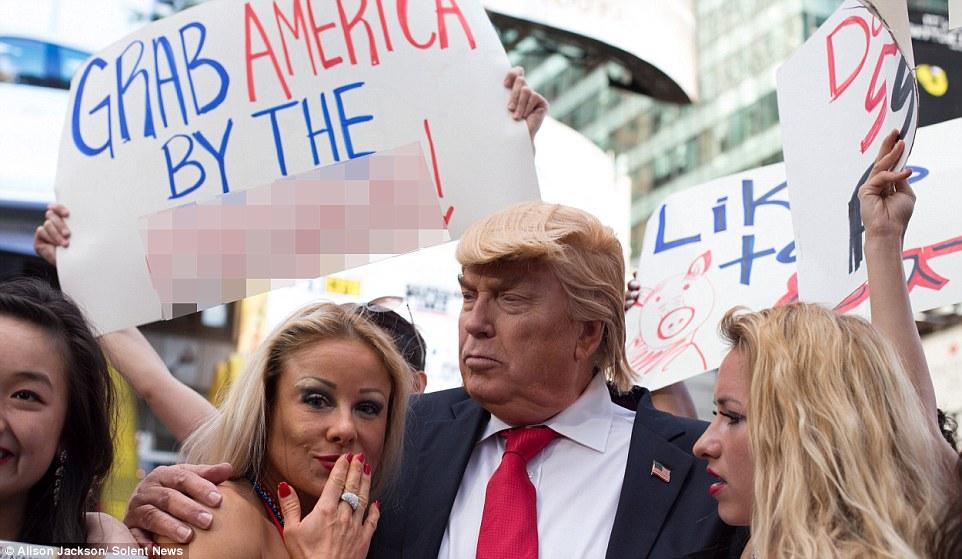 13張「川普當選後」網友預測出的「超狂荒淫白宮照」,#1「裸體總統」不能再更狂!