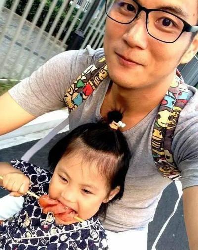 女兒一句「不讓爸爸進屋」讓123公斤父親心碎,減重後變「高顏值肌肉天菜」連女兒都為她瘋狂!