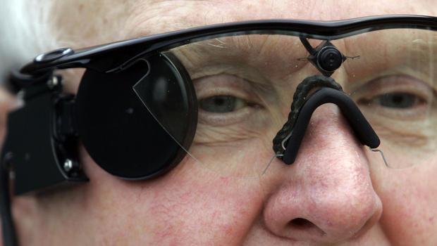 科學家成功研發「全球革命性創新仿生眼」,以後視障者就能重新看見世界了!