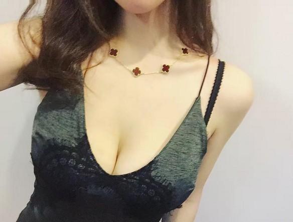 強國勁爆「辣媽」照被分享,網友看到IG:「如果是朋友的媽,我只能對不起朋友...」