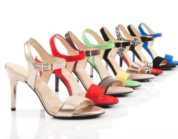 「買1雙等於買5雙」變形高跟鞋,從此解決女生穿高跟鞋的煩惱!