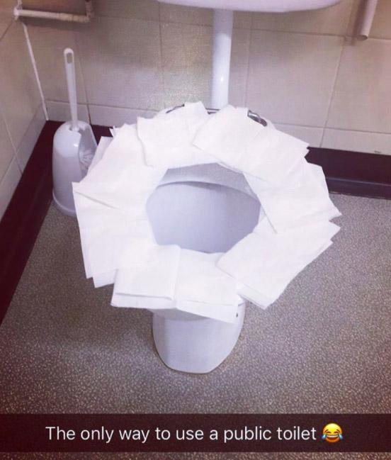專家揭露在公廁墊衛生紙「其實會更髒」 超簡單「一個動作」才是完美方法!