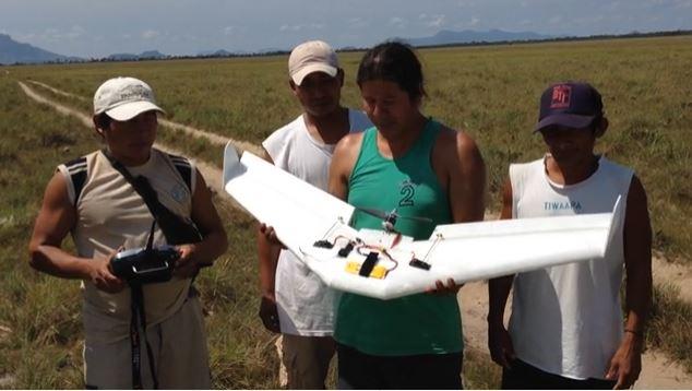 原住民為保護家園 看Youtube影片「DIY自製無人機」!