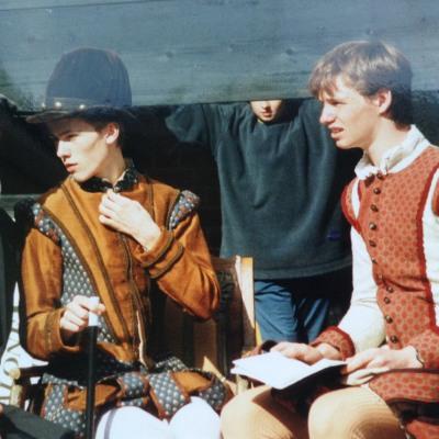 艾迪瑞德曼「比電影還精彩」真實背景大揭密!貴族家庭出身的他說「很對不起威廉王子...」