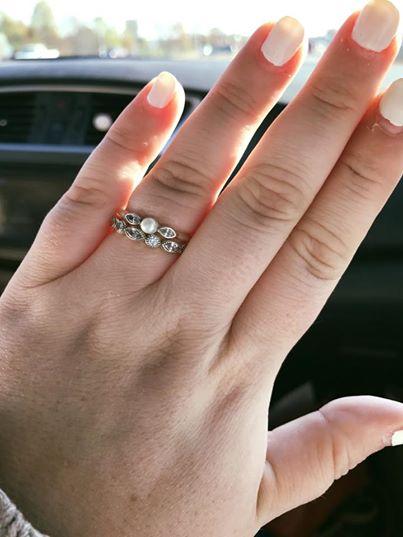 她想買「4000元婚戒」被店員罵「太可悲了吧」,她反嗆網友4萬次分享「金錢不代表愛」!
