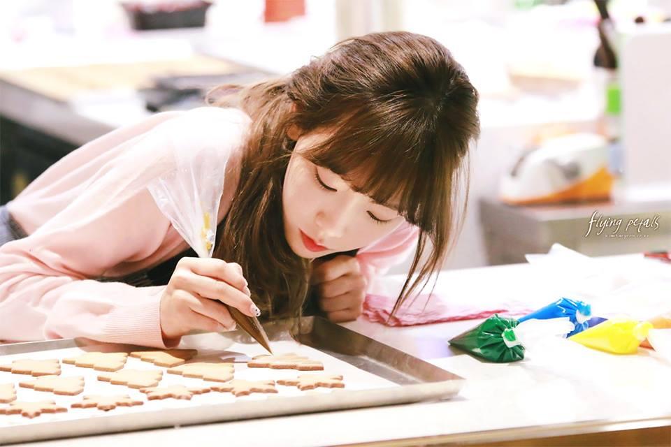 少女時代「野生太妍」被捕捉到「素顏比化妝還美」,超不科學網友直呼「戀愛惹!」