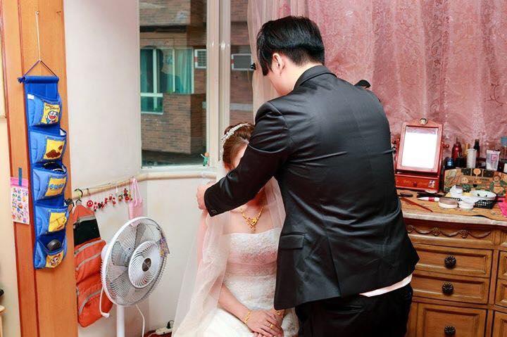 新娘慘遇「地雷婚攝」照片全只有「背影」!網友:「前女友派來的!」