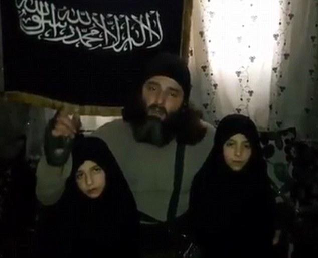 聖戰士爸爸逼7歲女兒當「人肉炸彈」自爆而死,現今也遭受到應有報應!