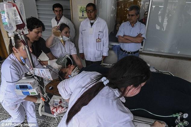 巴西隊空難「機長求救錄音」墜毀原因曝光,附近班機也聽到機長著急呼喊:「淨空跑道,救命...」