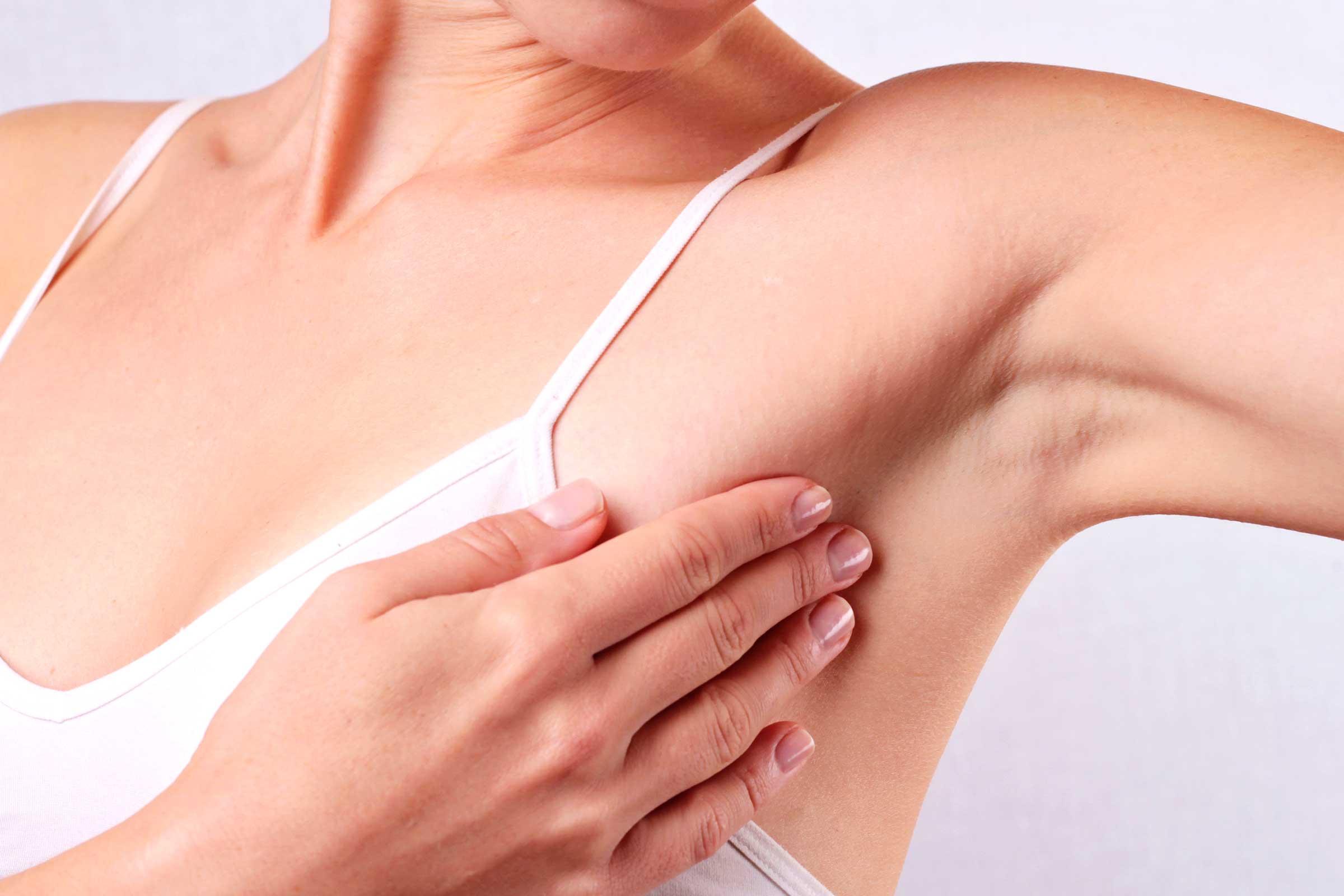 薇薇安發現乳癌時已末期「來不及治療」,其實乳癌有「7大早期警訊」早發現還有機會救!