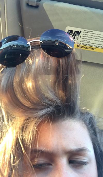 The struggle of the Sunglasses Tangle: