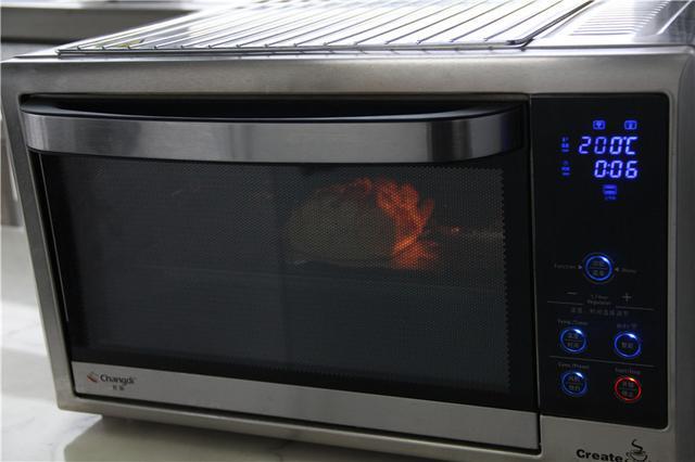 不會烹飪的人也可以做得到的「把饅頭變成比薩」,爆紅的起司饅頭製作過程大公開!
