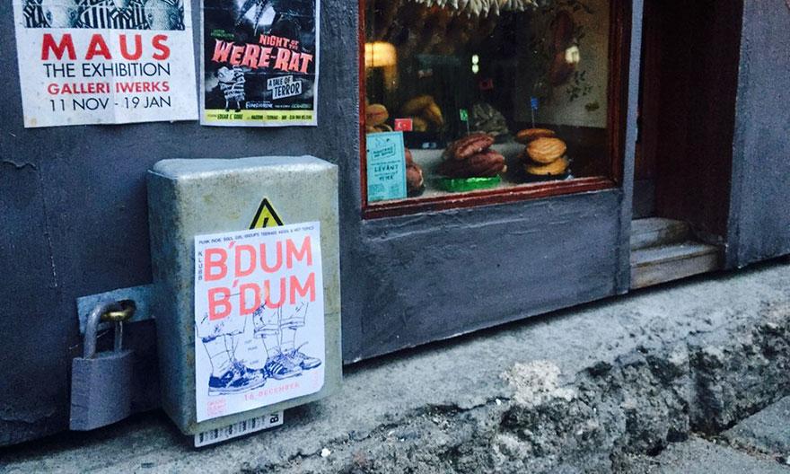城市裡出現了「給小老鼠的店」!小老鼠購買櫥窗裡的小產品萌翻網友了!(12張)