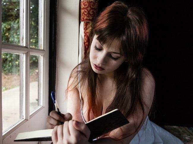 8個「2017年學會才會人生美滿」的正確減肥瘦身觀念。#5「寫日記」讓你瘦很大!