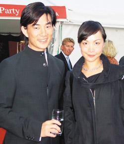 50歲任賢齊的兒女顏值跟老爸一樣破表,「記者拍到跟老婆照片」證明他是最好男人!