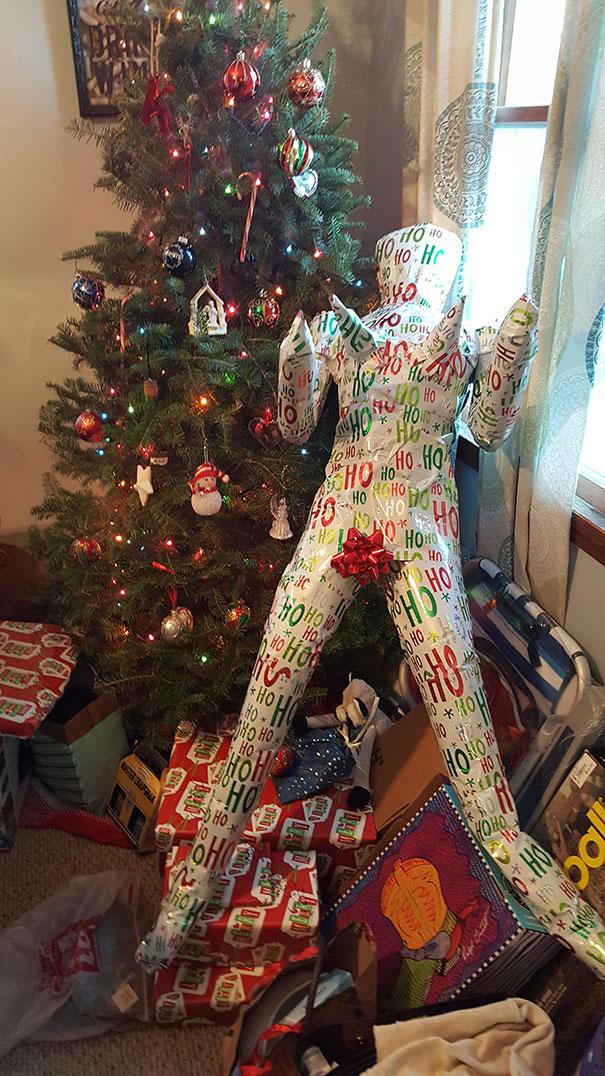 20個網友分享創意無限「今年最狂聖誕節禮物」,#1奶奶送100樣...