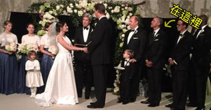 歐巴馬出席下屬婚禮擔任「史上最低調伴郎」,「成功融入人群中」親和力十足!