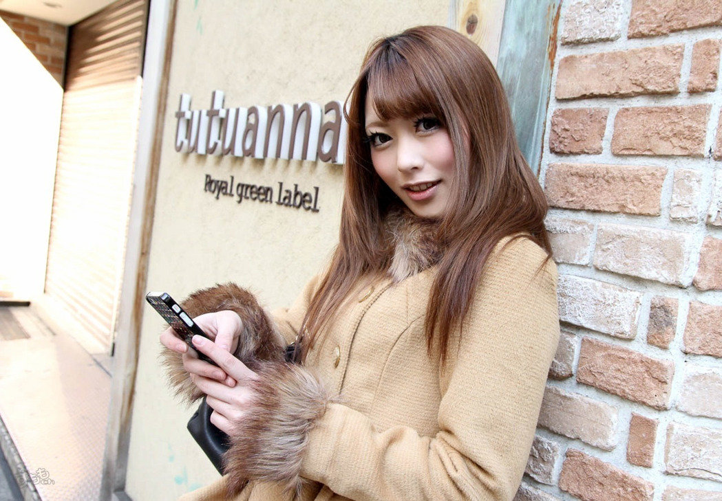女優櫻井步回憶色片產業殘酷經驗「電鑽鑽下體」,強大鑽力讓她「內臟快破裂」鏡頭前流淚!