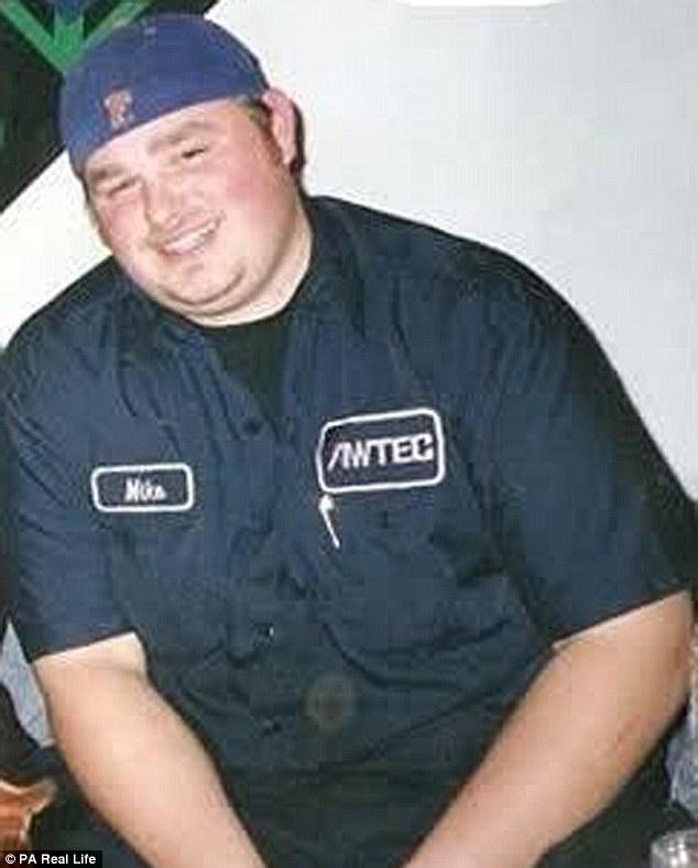 體重146公斤胖子以前「每天嗑1萬大卡垃圾食物」,成功瘦60公斤超帥還交到「超正女友」!