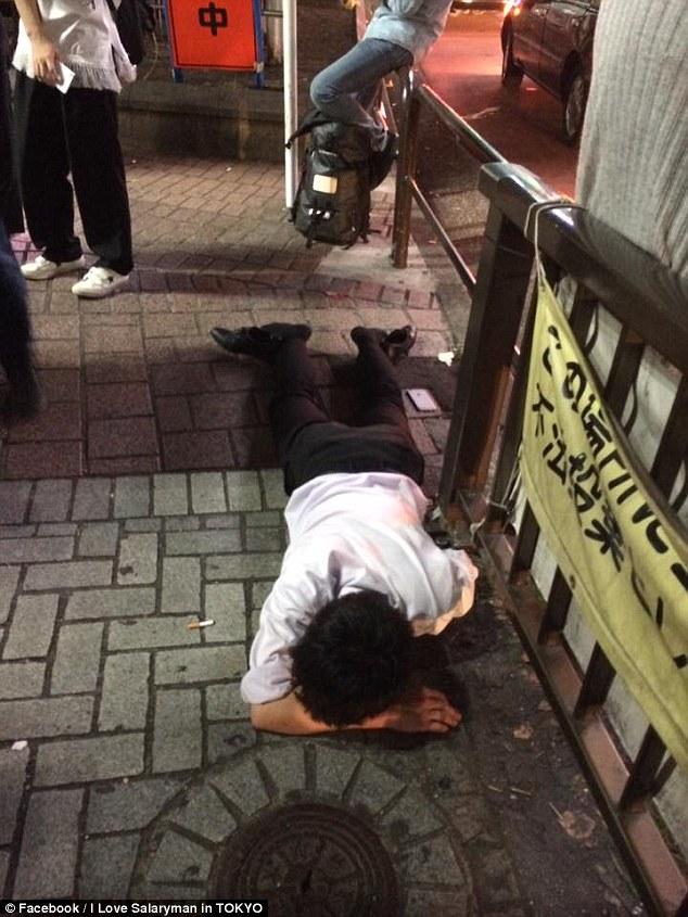24張「不用統計也能看出日本上班族壓力」的爆笑醉倒崩潰照!