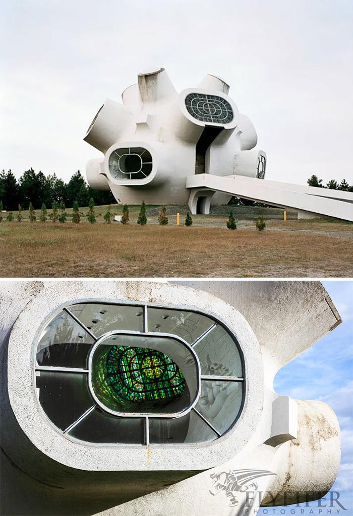36個根本就是「邪惡反派基地」的不可思議驚奇科幻建築,#13台灣也有!