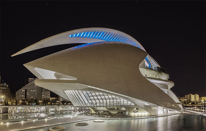 The Queen Sofía Palace Of The Arts, Valencia, Spain