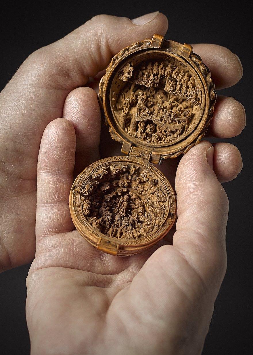 16世紀「精細到人眼看不清」木盒雕刻的奧秘 用X光看內層「人類做不到」!