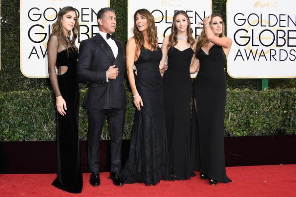 14張史特龍3位爆高顏值千金震驚「金球獎」紅毯照,網友:「沒想到岳父是史特龍」
