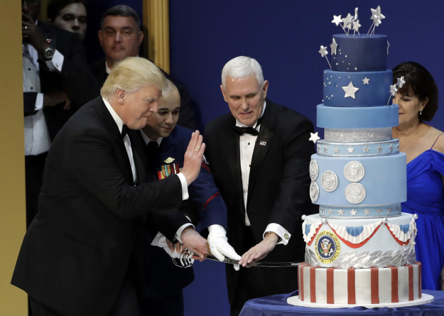 And this is the cake that was served at President Donald Trump's Salute to Our Armed Services Inaugural Ball on Friday.