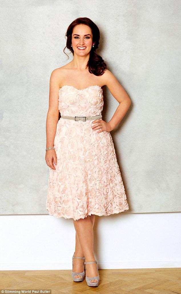 她重到122公斤「不想當肥新娘」拒求婚,一年後她「想像模特兒」甩61公斤登上雜誌封面美翻!