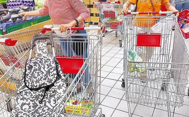 大賣場員工曝「千萬別買散裝食品」激噁真相,網友:「難怪還賣這麼貴!」