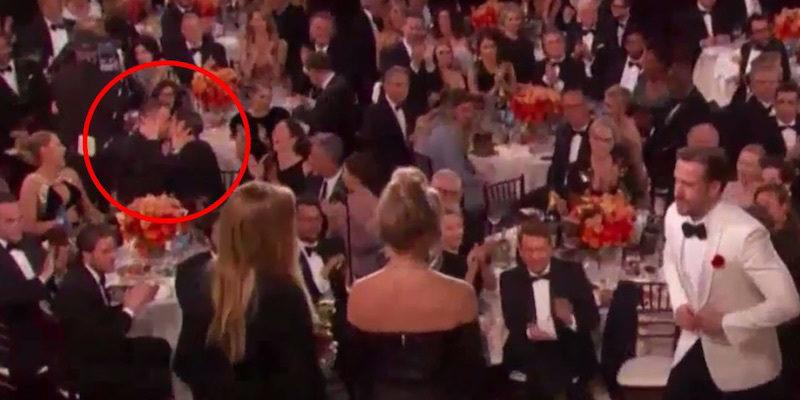 《樂來越愛你》萊恩葛斯林得獎上台時,艾瑪史東前任蜘蛛人跟死侍舌吻「大報復」!
