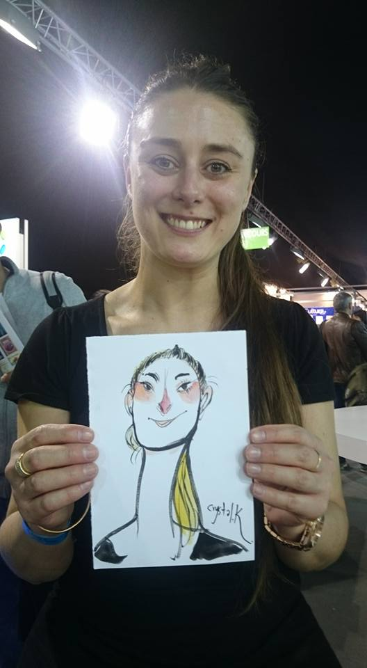 她的作品在台灣被酸「抄襲而且醜」被環境埋沒,到法國參展「作品震驚全場」!(20張)