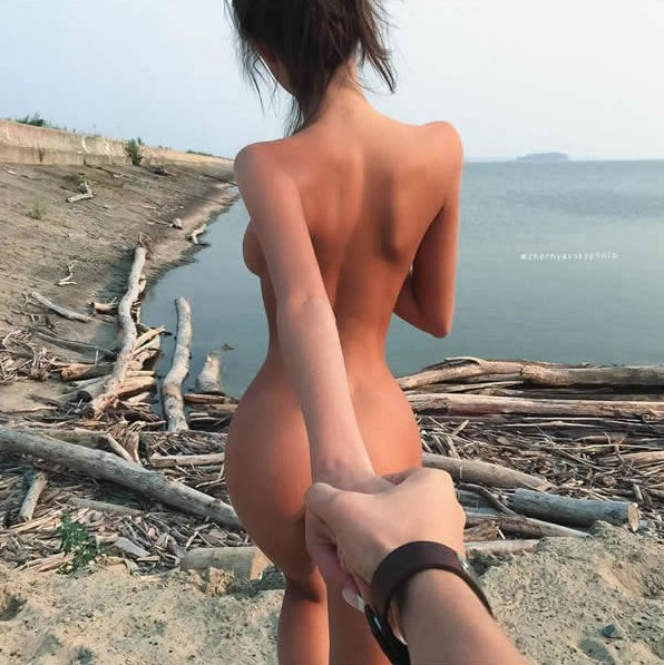 28張將之前的「牽著我走」系列升級到「超性感版」照片集!