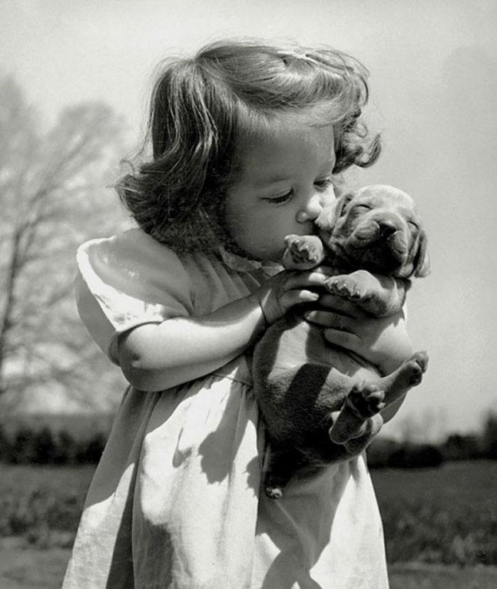 30幾張「證明世界會永遠美好」的珍貴歷史黑白照,#9醫院裡的小鴨鴨治療法~