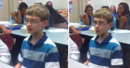 看起來有點呆的小男孩開口「Beatbox」,後面女生瞬間墜入愛河!