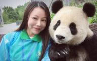 只要來這個熊貓園區,就可以跟「自拍等級:神級」的爆萌熊貓一起嗨!