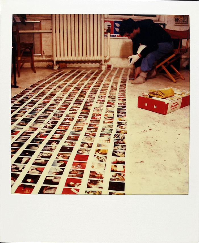 他18年來每天拍一張拍立得「超過6000張」記錄人生,直到死的那張...