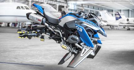 樂高和BMW跨界合作創造出「會飛的懸浮重機」,設計者:「未來人類會這樣騎機車」