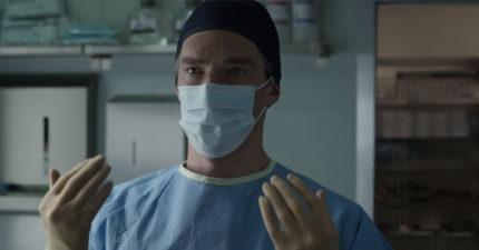 為什麼外科醫生制服「不是綠色就是藍色」?原來「穿錯顏色會害慘人」!