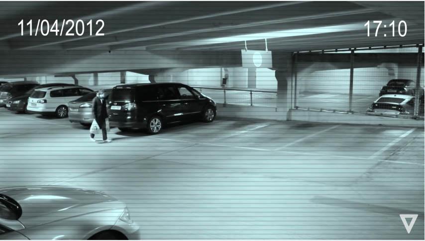 5段真實錄下的「超能力者曝光」影片。#2超能力少女隔空舉起男子!(影片)