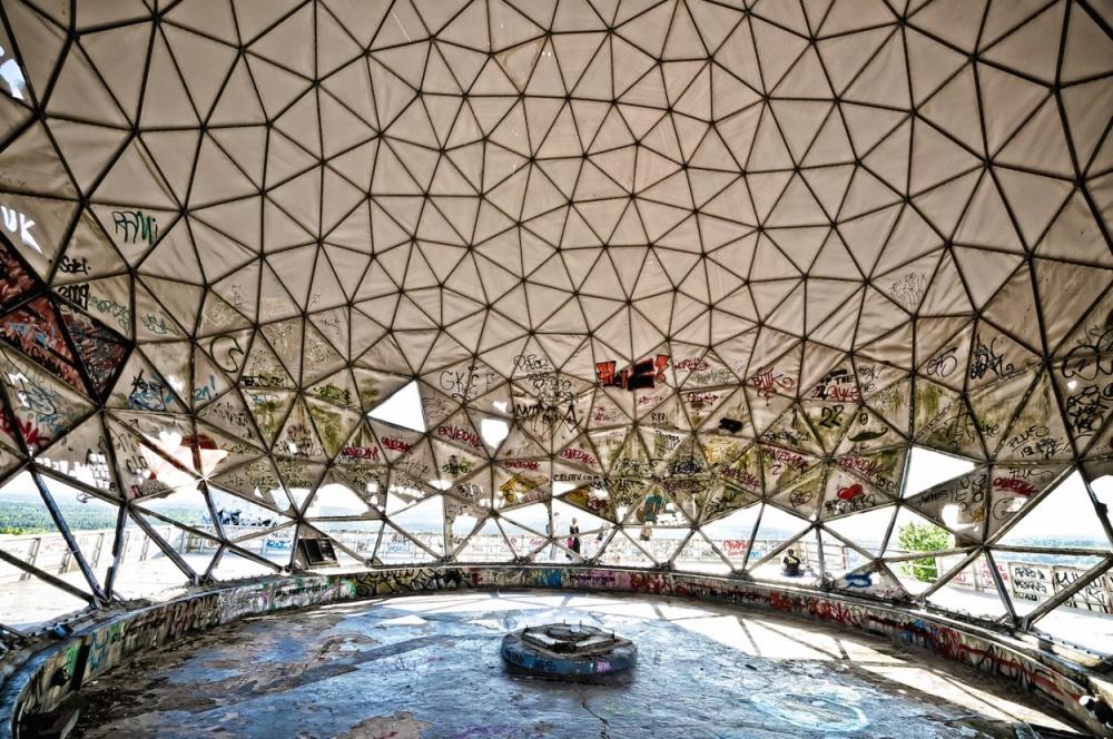 15個「置身於神秘異次元空間」的世界各地遺棄之地,#13最恐怖的迪士尼樂園...