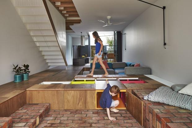 建築師用這個「小孩子的夢想王國」拯救了崩潰的媽媽,當地板一動你也會開始心動!(30張)