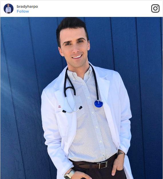 22位帥到「門診天天病人爆滿」的偶像級男護士