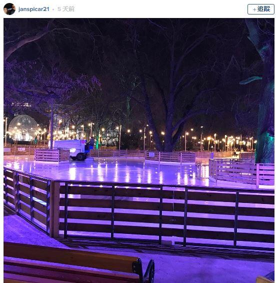 爸爸生前跟她擬定暗號,女兒溜冰時看到「閃爍路燈」馬上淚水失控:你回來了