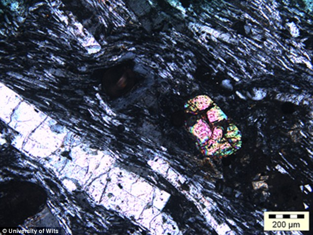 印度洋下發現會讓課本重寫的「失落第7塊大陸」!內有大量跟鑽石一樣美的晶石!