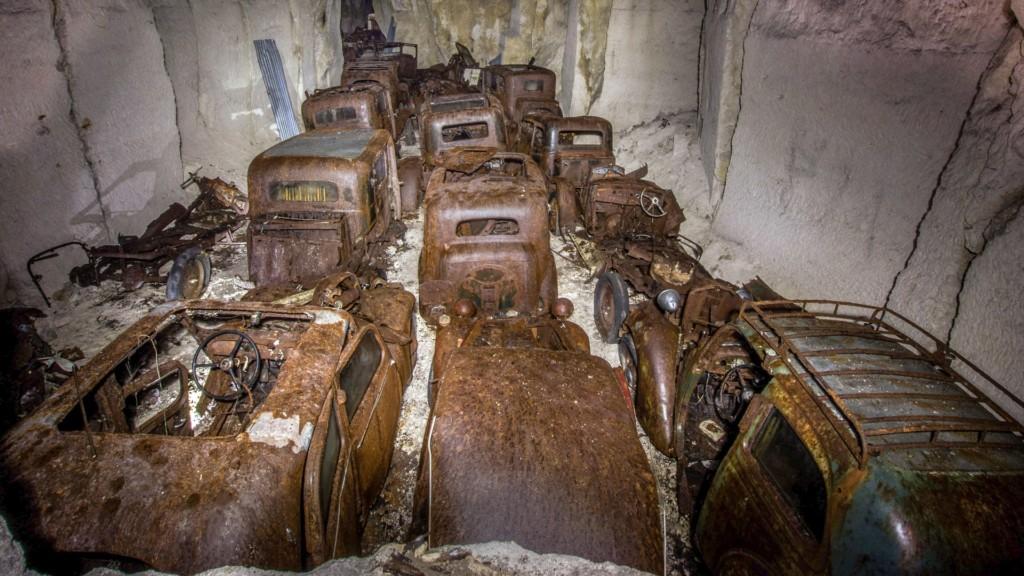 14座會讓你開始對人類絕望的「末日超怪廢棄物墳場」。#8喪屍末日畫面!