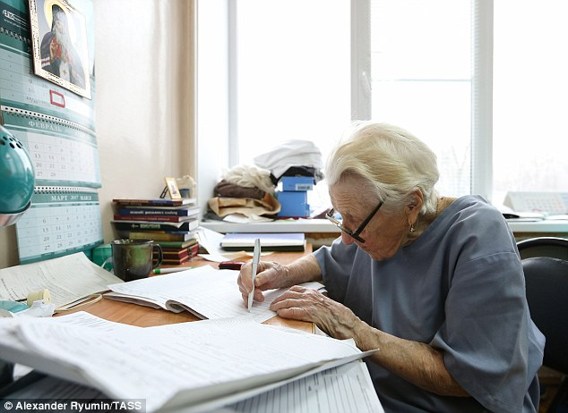 The surgeon still has time to file her paperwork on time in between carrying out her duties